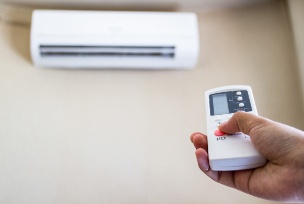 how to clean a central air conditioner