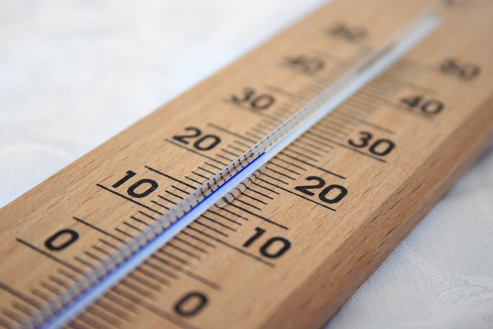 ideal ac temperature to save electricity